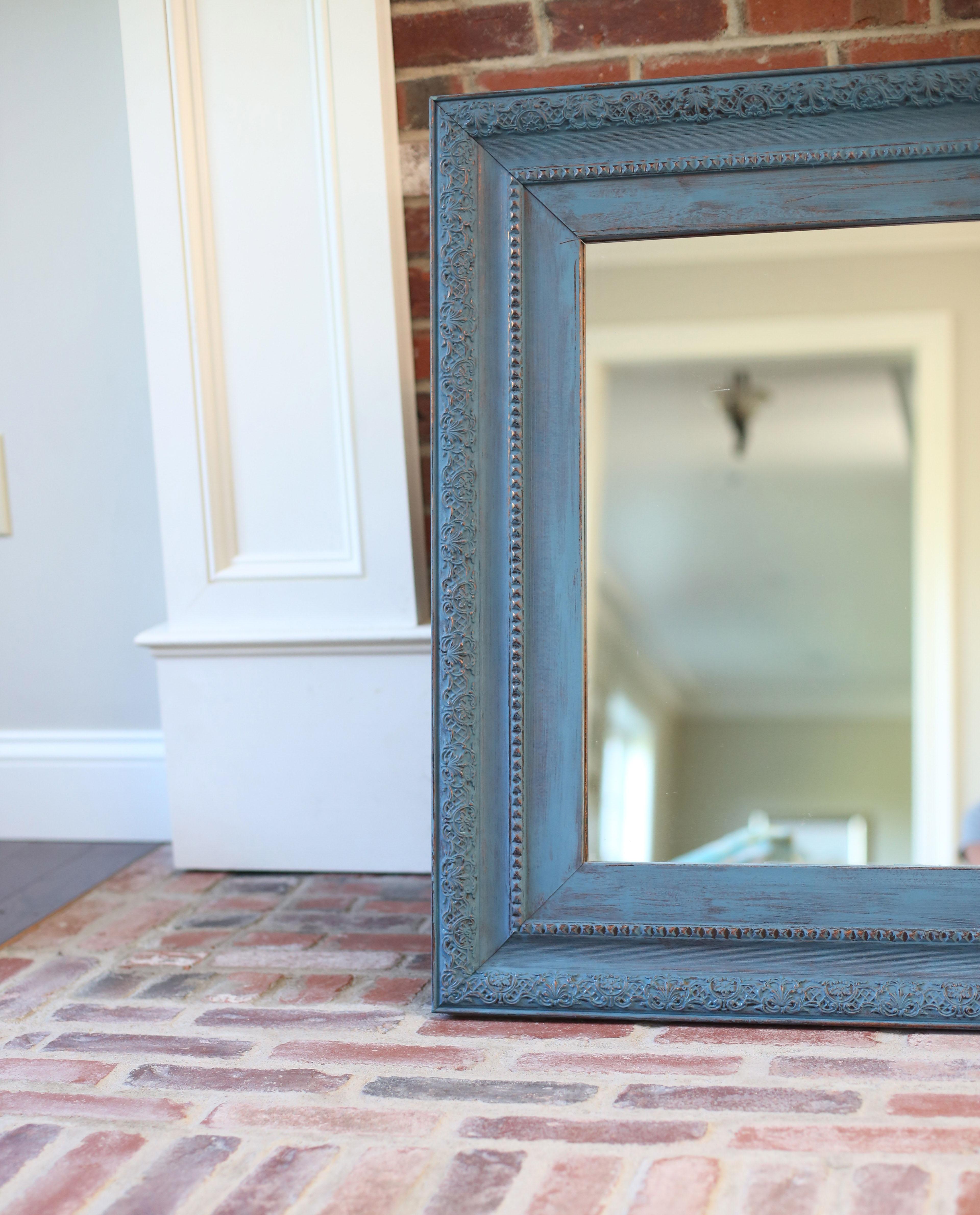 Annie Sloan Chalk Paint: DIY Mirror Update | Nice and Knit